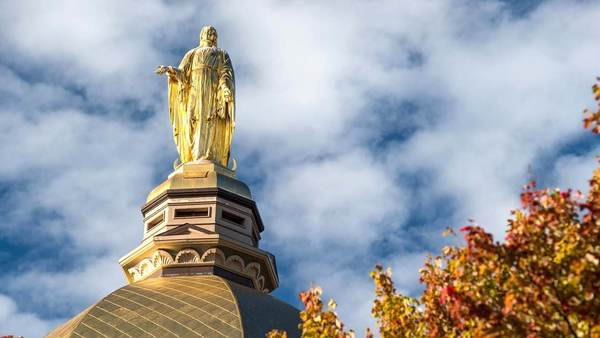 The statue and the Dome